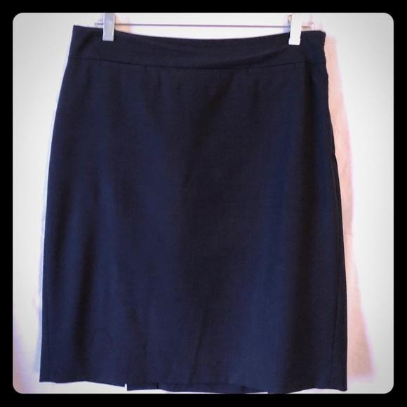 Banana Republic Dresses & Skirts - Navy blue Banana Republic skirt